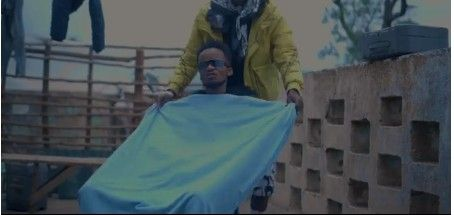 Download Video by Game Boi – Nje ya Kanisa