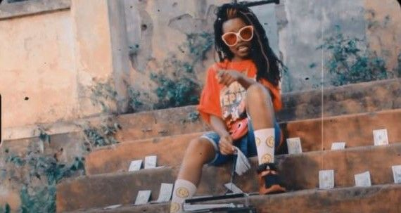 Download Video by Young Shine Star – Shika