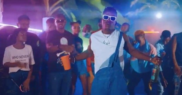 Download Video by Mg Smart ft Mr Blue – Nikilewa