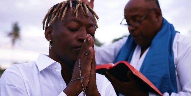 Download Video by Mzee wa Bwax – Nimeokoka